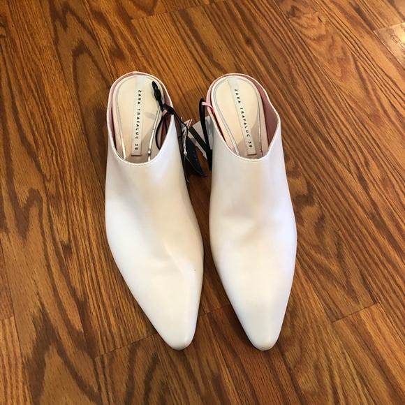f4fa53125fb NWT Special Edition Zara white boots size 8